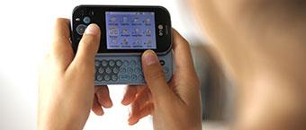 84% des 11-24 ans ont un mobile