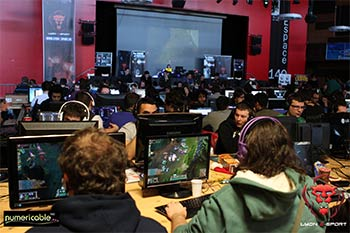 6ème édition de la compétition League of Legends à Lyon