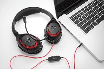 Casque Creative SB Inferno (lifestyle 1)