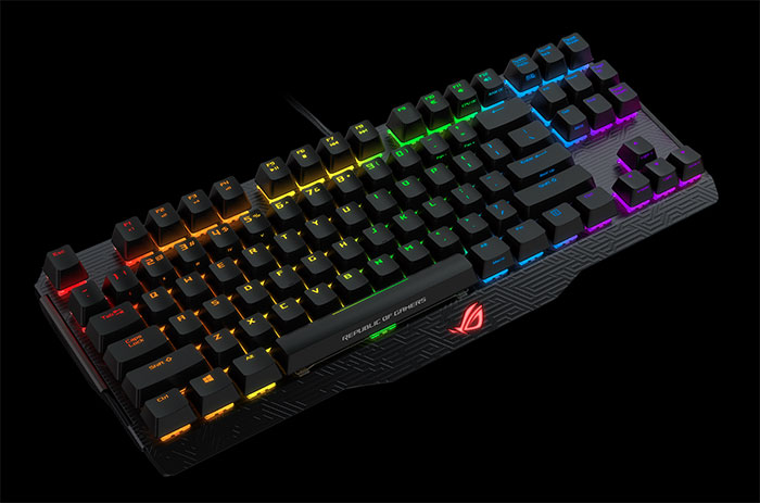 Claviers mécaniques gaming ROG Claymore et ROG Claymore Core