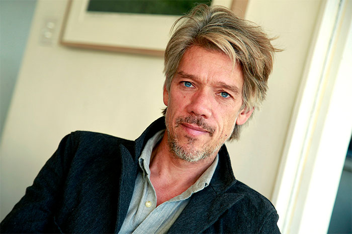 "Stephen Gaghan signera la réalisation du film ""The Division"""