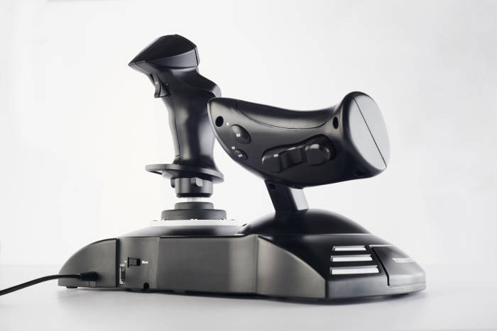 Joystick T.Flight Hotas One (image 3)