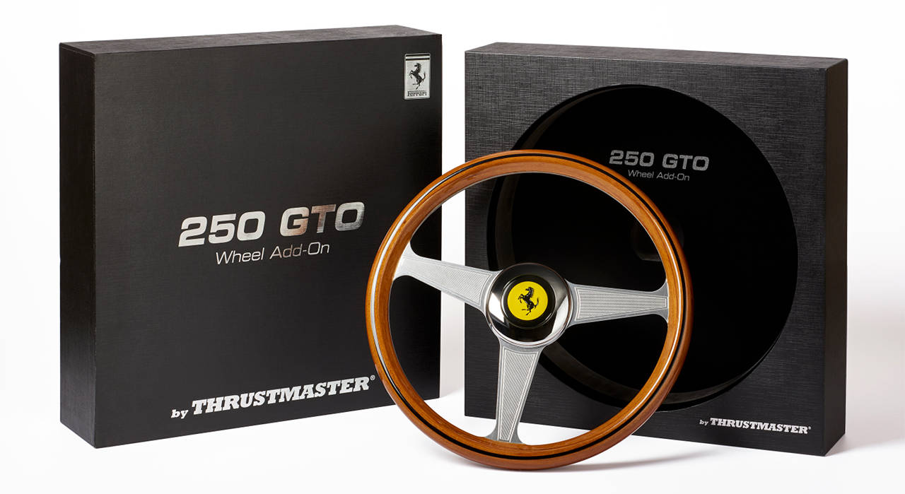 Volant bois Ferrari 250 GTO Wheel Add-On chez Thrustmaster
