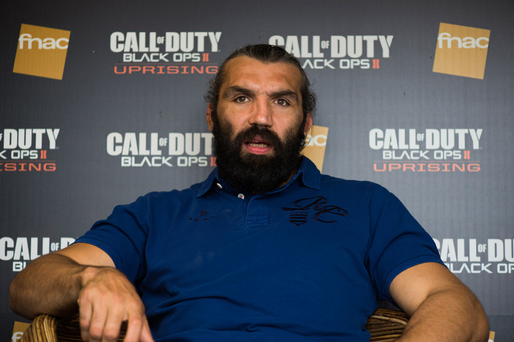 Tournoi Call of Duty Black Ops II Uprising avec Sébastien Chabal et MrLev12 (photo 6 sur 47)