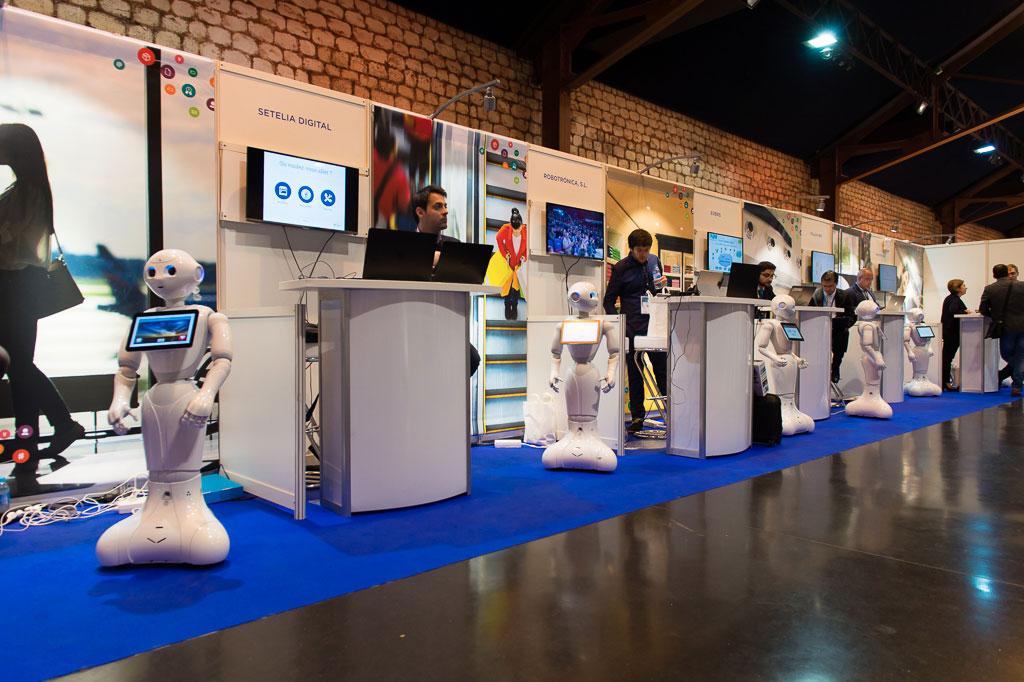 Photos du salon de la robotique innorobo 2016 photo 128 for Salon de versailles 2016